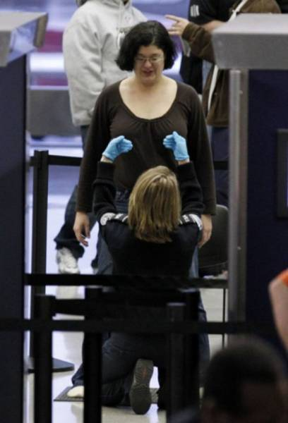 Times When Airport Security Workers Made It Very Embarrassing For Some People
