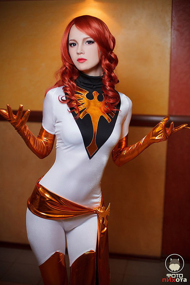 Hot cosplay girls